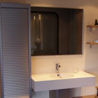 Fennel S/S Tambour featured in a bathroom